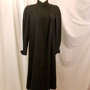 rain coat long black button neck professional 12